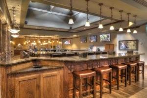 Cascades Lounge & Restaurant